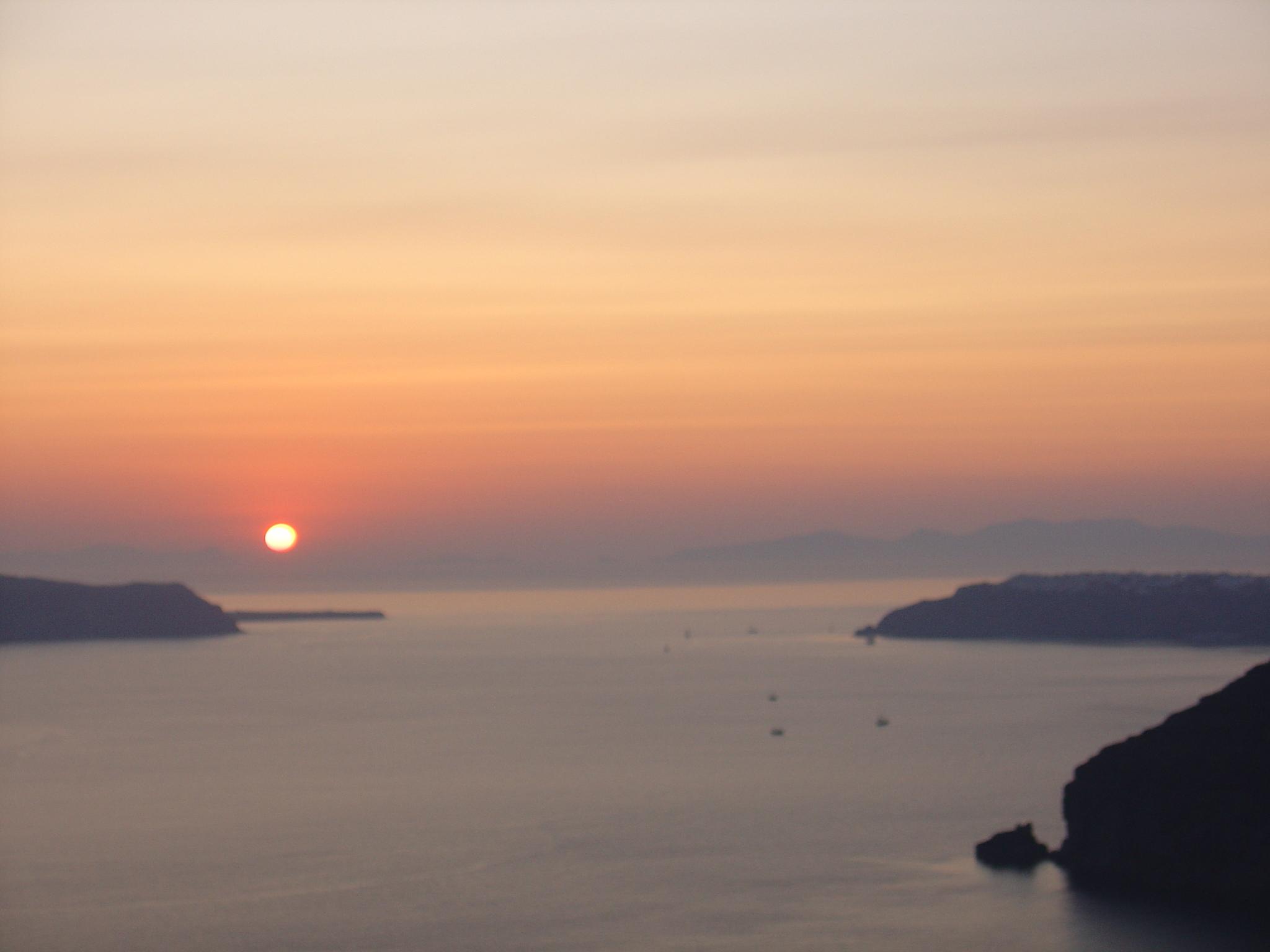 Santorini's Nightlife By Aressana Spa Hotel!